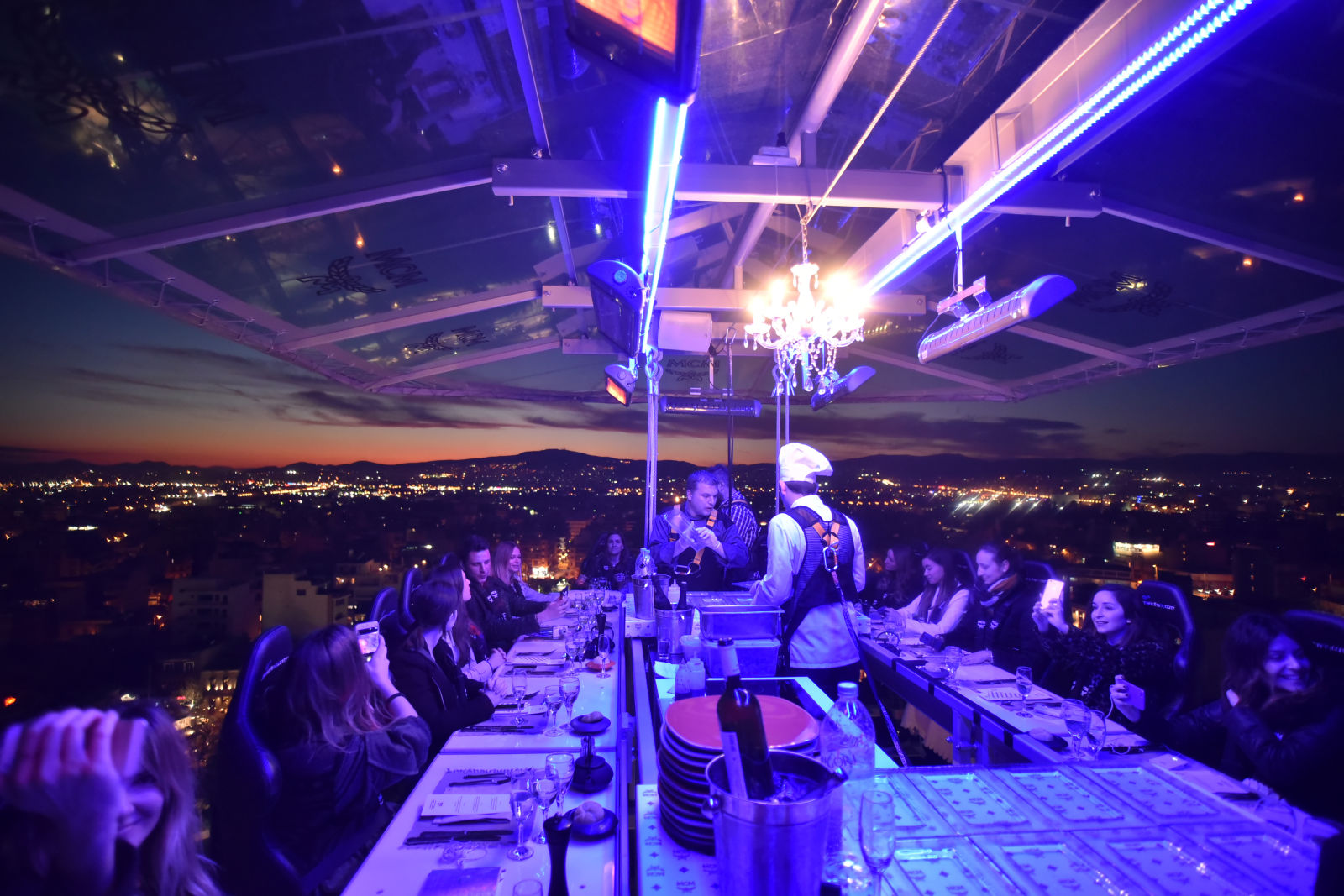 Dinner In The Sky With MCM Fashion Has It - Dinner in the sky an unforgettable experience
