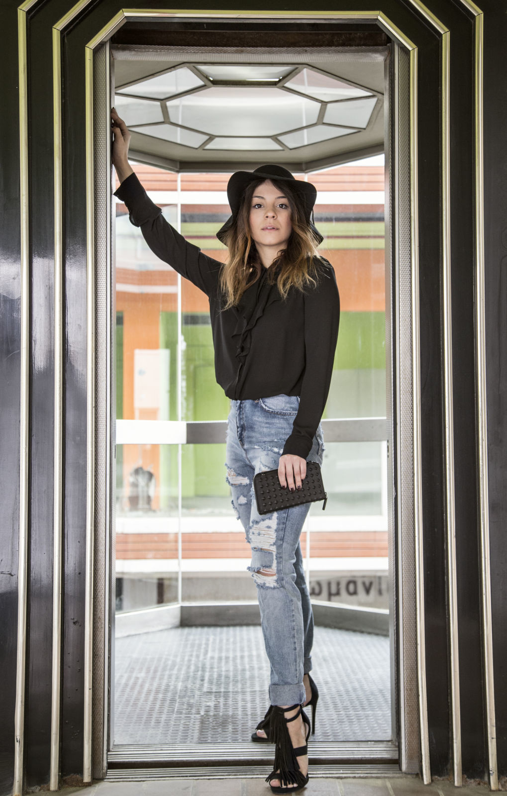 Ripped jeans black hat_4